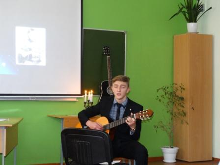 literaturnaya-gostinaya-visotskiy (13)
