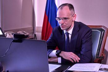 Первый заместитель министра просвещения РФ Дмитрий Глушко